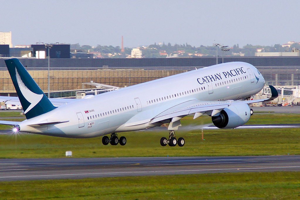 B-LRA - A359 - Cathay Pacific