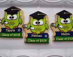 These #owlcookies were ship all way to #menifeeca for a #kindergartengraduation ✅ TAG A friend that was #classof2016 and YOU are #classof _ _ _ _ ? #owlcookie #schoolcookies #schoolcookie #graduaciones #graduacion #graduandos #graduandos2