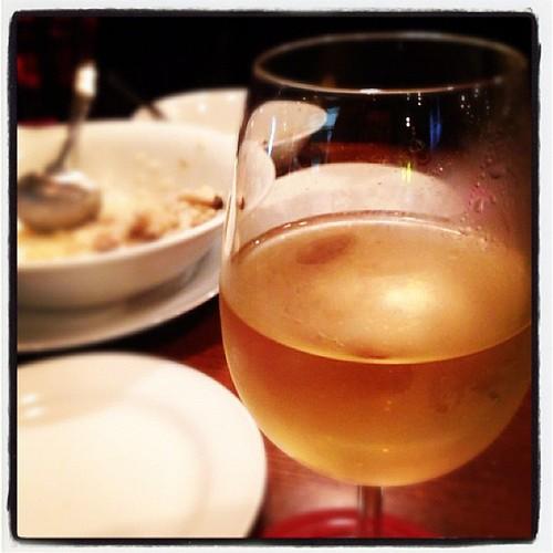 白ワイン美味しいです。