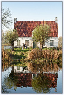 Damme, house on the water