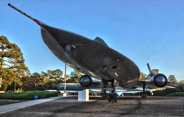 Lockheed SR-71 Black Bird 6432749723_aae448f0bf_z