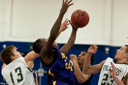 Arnez Grabs the Rebound
