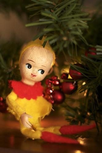 Vintage 1940s elf figurine
