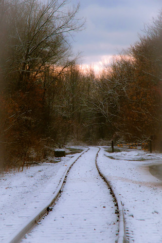 trees sunset white snow ny river track snowy railway troy albany hudson 14k extent bestcapturesaoi