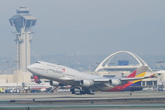 Asiana Airlines Boeing 747-400; HL7418@LAX;10.10.2011/622oh