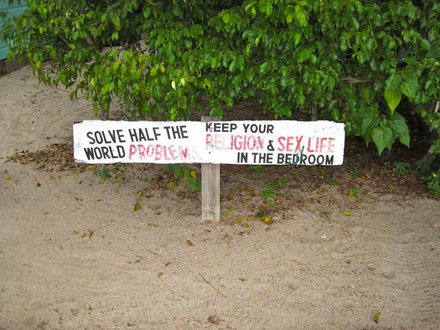 signs of placencia 2