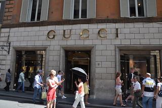 http://hojeconhecemos.blogspot.com.es/2012/10/shop-via-condotti-roma-italia.html