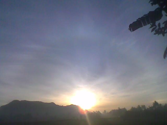 #sunrise terakhir dpenghujung 2011 . . Selamat pagi semuanya ^.^ #keepspirit