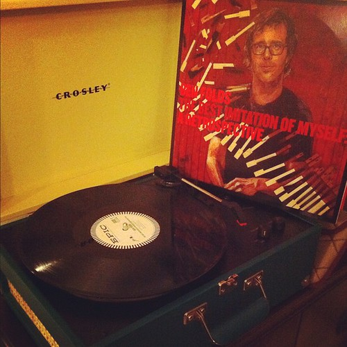 Listening to #benfolds while I take down the ornaments. Another great Christmas present from the hubby :) #vinyl #crosleyrecordplayer
