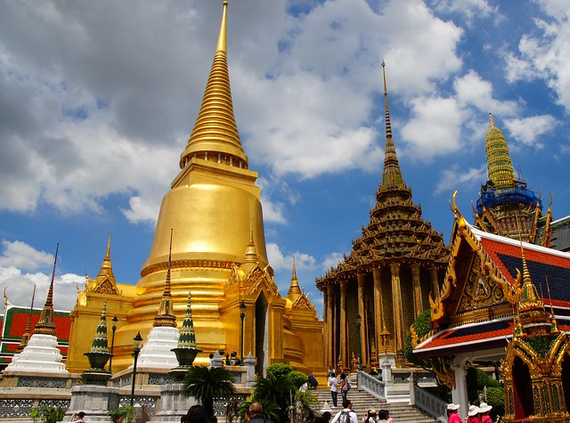 Bangkok Wat Phra Kaew Grand Palace in Bangkok, Thailand by flickr user NomadicSamuel