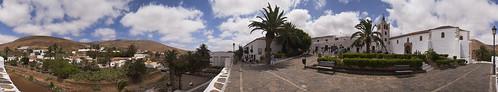 Betancuria Fuerteventura iglasia plaza panoramio
