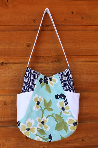 Dogwood Bloom 241 Tote