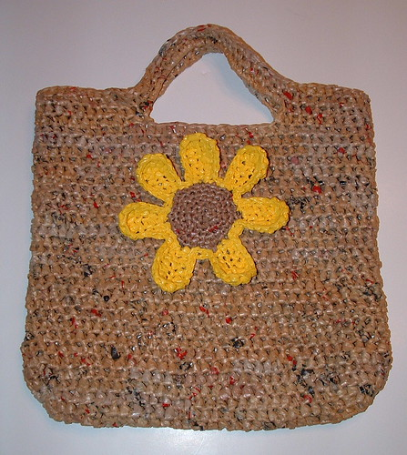 Crochet Pattern For Bags Plastic : Plarn Sunflower Tote Bag My Recycled Bags.com