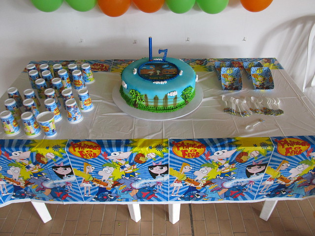 13 DECORACION TEMATICA PHINEAS AND FERB | Flickr - Photo Sharing!