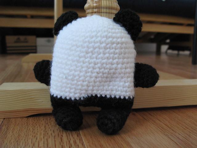 Penny the Panda: Rear