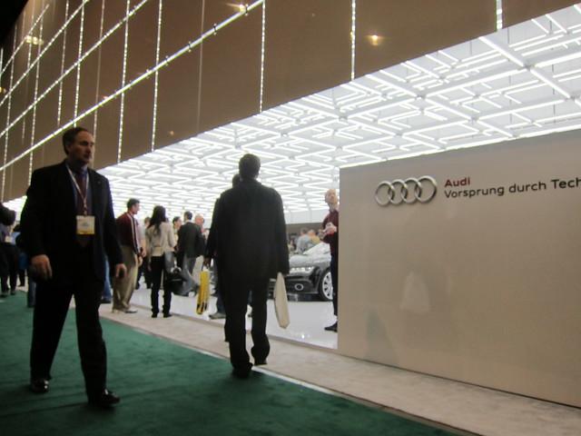 CES Jan 2012 Incipio 031