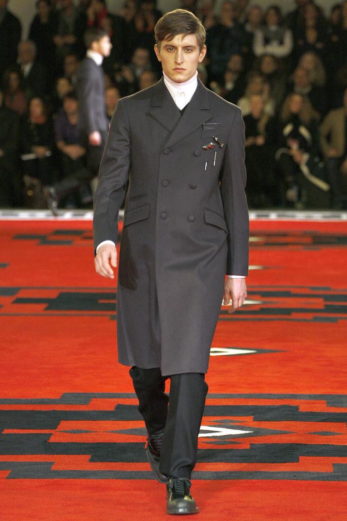 FW12 Milan Prada004_Chris Beek(VOGUE)