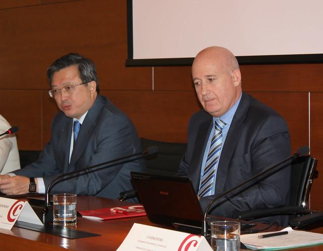 El Embajador de China y el Presidente de la Cámara de Comercio de Salamanca