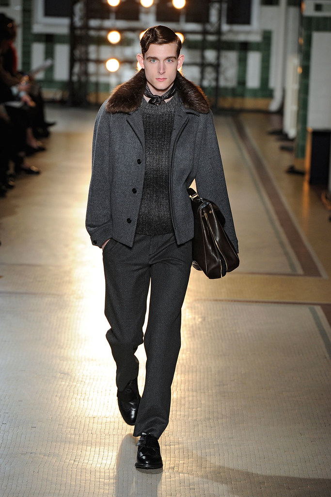 FW12 Paris Wooyoungmi032_Karl Morrall(VOGUE)