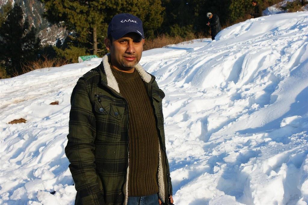 Muzaffarabad Jeep Club Snow Cross 2012 - 6796508567 b039a12e5d b