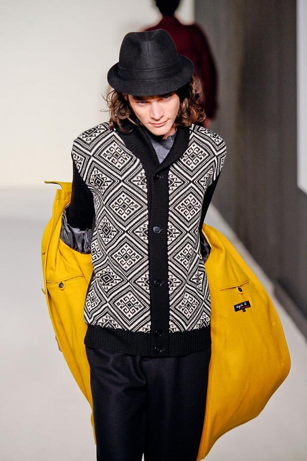 Jaco van den Hoven3301_02_FW12 Paris agnes b(fashionising.com)