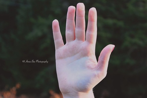 With raised hand by Anna-Bee*