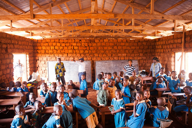 Livebuild - School in Mbah, Cameroon- charity project Amazingy