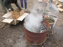 2012/02/05 野焼き陶芸炭焼き@未来工房ミルク倉庫