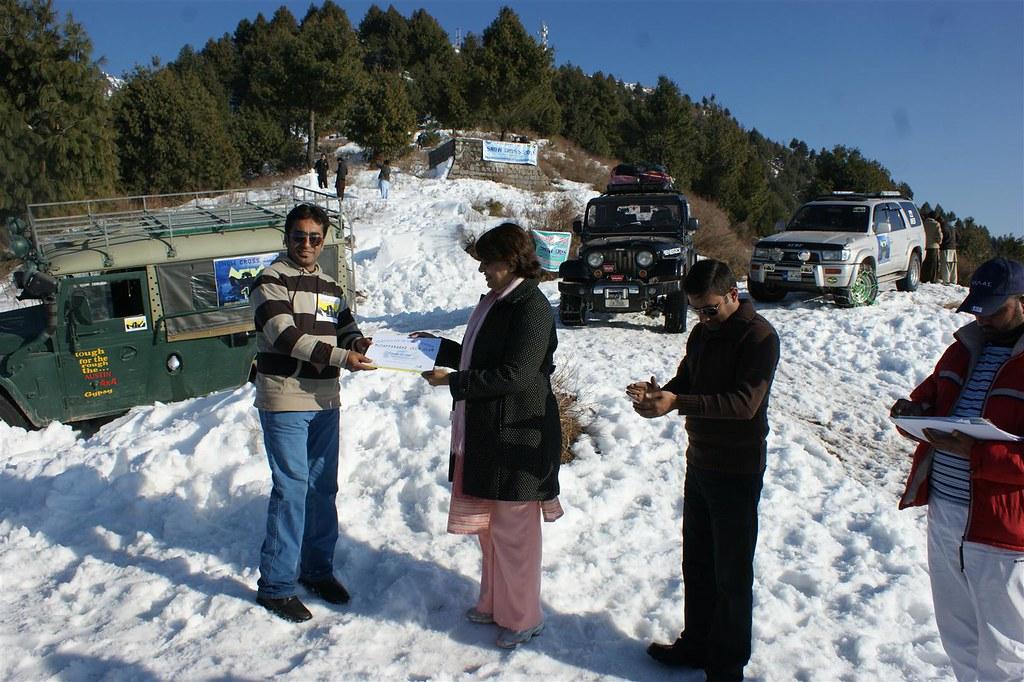 Muzaffarabad Jeep Club Snow Cross 2012 - 6830732955 2e62effdcc b