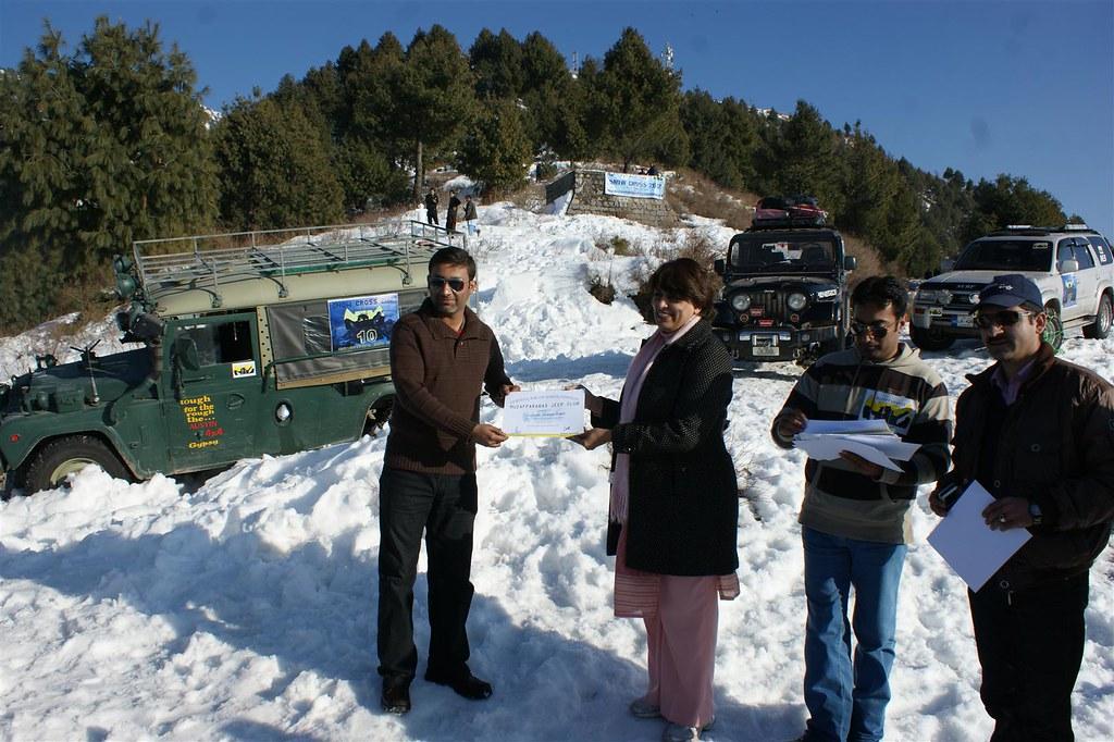 Muzaffarabad Jeep Club Snow Cross 2012 - 6830733595 7d87e7fb6e b