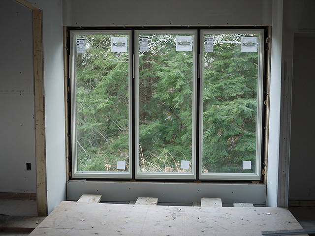 large window straight