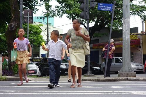 Crossing the Rua Padre Eustaquio