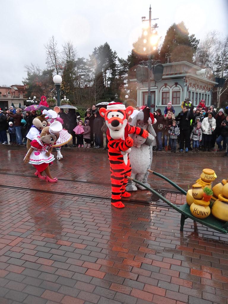 Un séjour pour la Noël à Disneyland et au Royaume d'Arendelle.... - Page 6 13899596995_7a292e3549_b