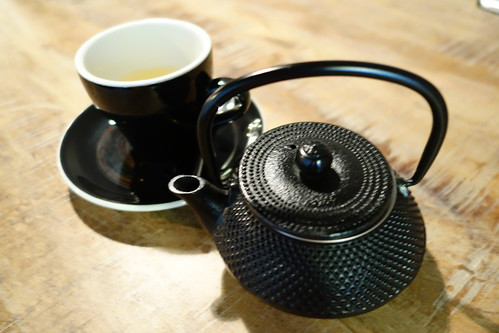 A pot of Pomegranate Tea at RONIN