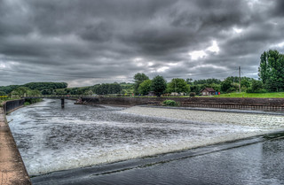 Hazelford weir on the river trent