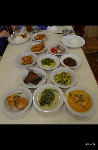 indonesia jakarta foodie padang lumixlx5 yemaria