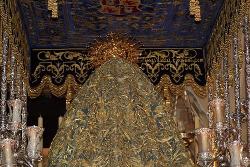 Manto de la Virgen de las Lágrimas, Hermandad de la Exaltación de Sevilla, Jueves Santo 2010