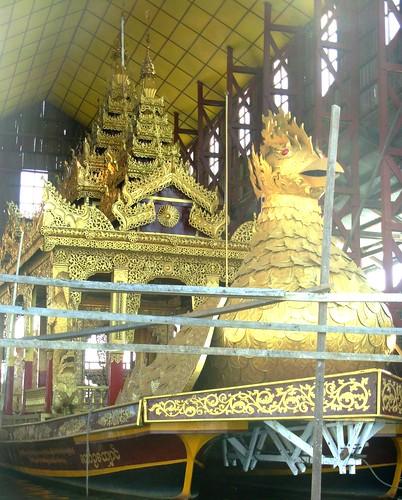 Inle-Phaung-Daw U (3)