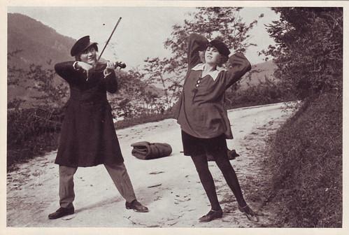 133 Paul Wegener & Lyda Salmonova_Cigaretten Bilderdienst Altona-Bahrenfeld (Vom Werden deutscher Filmkunst. Der Stümme Film; 133)