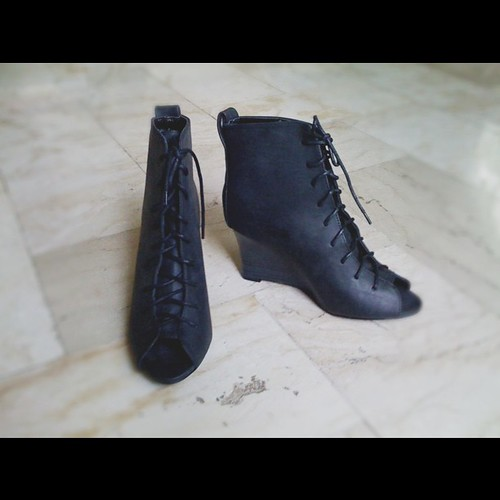 Black lace up peep toe booties. From 1700 to 1400php. See you at @bloggers_united bazaar tom.