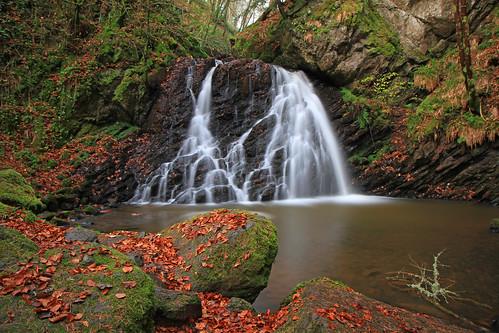 Fairy Glen Falls. by gordie broon.