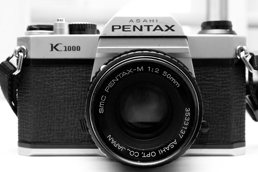 Pentax K-1000 em P/B
