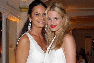 Yasmin-Brunet-y-su-madre-Luiza