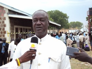 South Sudan Jonglei State Governor Kuol Manyang Juuk has accused the NCP government in Khartoum of supporting rebels fighting the new SPLA administration.  Fighting continues despite independence in July. by Pan-African News Wire File Photos
