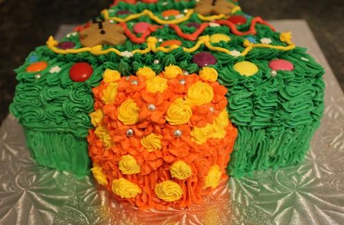 Christmas Tree Cake - 2