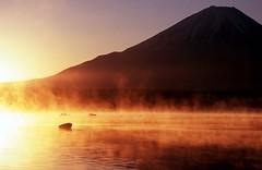 [フリー画像素材] 自然風景, 山, 河川・湖, 朝焼け・夕焼け, 風景 - 日本 ID:201112292200