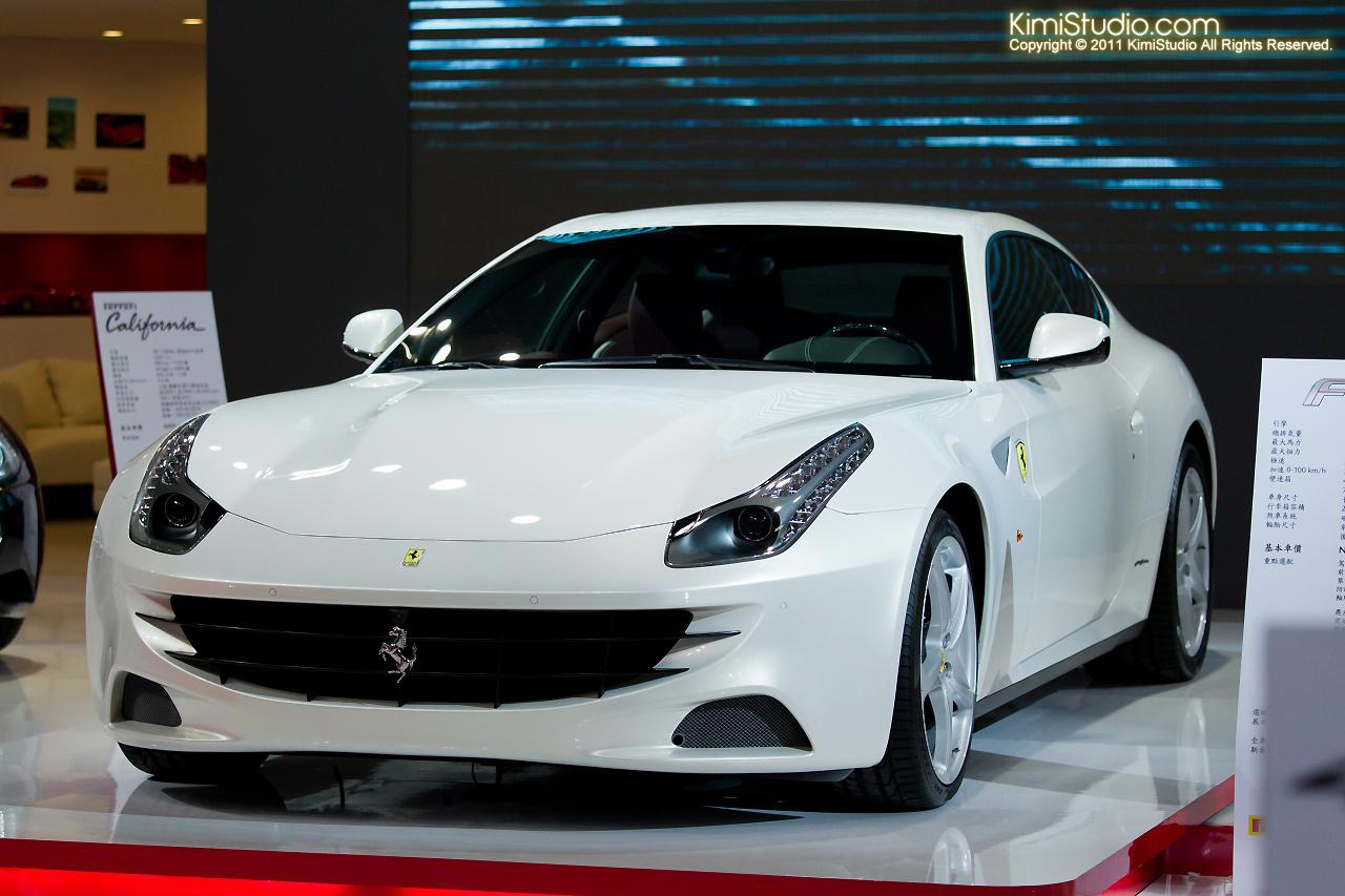2011.12.23 Ferrari & Maserati-062