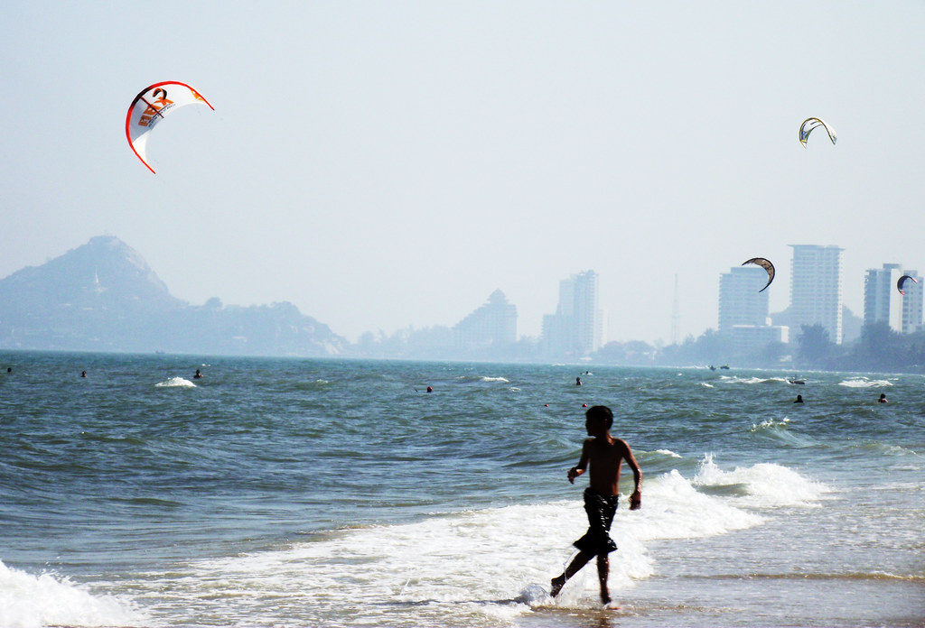 Kites and Kids on Hua Hin Beach