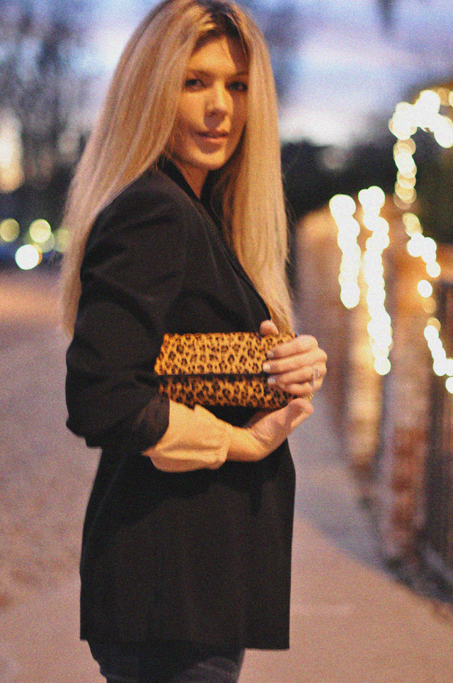 grainy photo- straight hair-leopard print clutch-black blazer