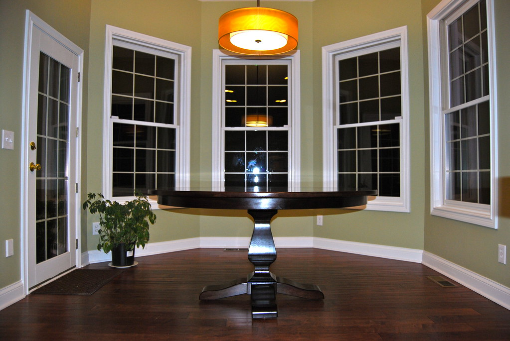 Round Dining Tables And Round Dining Buy Bistro Tables